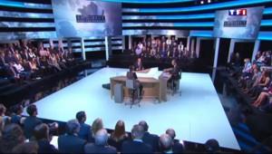 Hollande annonce sur TF1 la mise en place d'un grand plan numérique dans l'Education nationale