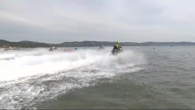 Le 13 heures du 22 septembre 2014 : Cavalaire accueille le championnat de France de Jet Ski - 1628
