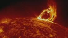 Eruption solaire filmée par la Nasa / TF1 (01/07)