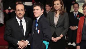 François Hollande, Ludovic Lemoine, Valérie Trierweiler et Valérie Fourneyron, le 22 février 2013.