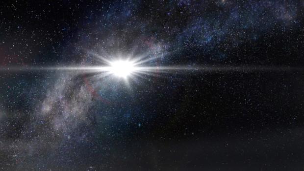 Une vue d'artiste montrant l'aspect que pourrait avoir une supernova aussi lumineuse que la ASASSN-15lh dans le ciel d'une planète située à 10.000 années lumière de distance.
