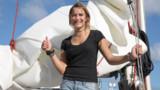 A 16 ans, Laura Dekker boucle son tour du monde à la voile en solitaire