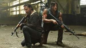 Andrew Lincoln et Norman Reedus dans The Walking Dead