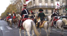 Le 20 heures du 23 novembre 2014 : Napol� �'honneur d'un d�l�questre en plein Paris - 1930.7725617065435