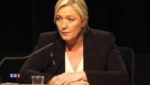 """Marine Le Pen : """"J'ai toujours pensé que Manuel Valls était un homme inquiétant"""""""