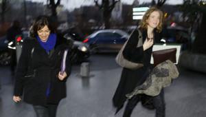 NKM et Anne Hidalgo devant la tour TF1 avant le premier débat pour les municipales à Paris.