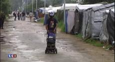 Valls à Calais : le Premier ministre annonce la création d'un camp