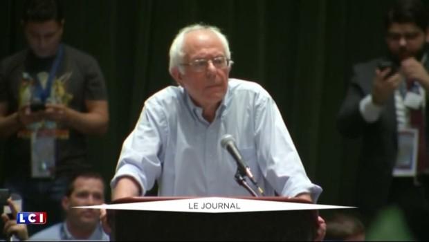 """Bernie Sanders : """"Nous devons battre Trump et faire élire Clinton"""""""