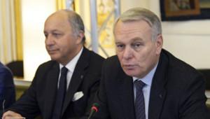 Jean-Marc Ayrault et Laurent Fabius.