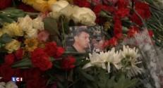 Assassinat de Boris Nemtsov : flot ininterrompu d'hommages dans le centre de Moscou