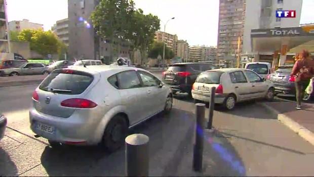 Tensions, files d'attente interminables… : les Marseillais à la recherche de carburants