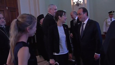 Mélanie Laurent, Marion Cotillard et François Hollande aux Philippines à Manille