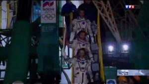 Le 13 heures du 5 février 2014 : Le parcours d�sur�e la flamme olympique - 1360.926