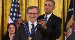 Steven Spielberg décoré par Barack Obama