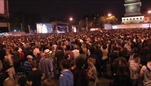 Concert gratuit organisé place de la Bastille pour l'anniversaire de l'élection de François Mitterrand (10/05/2011)