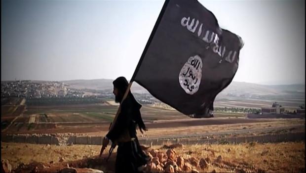 Le 13 heures du 17 novembre 2014 : Un Normand parmi les �rgeurs de l%u2019Etat Islamique ? - 637.3059365386962