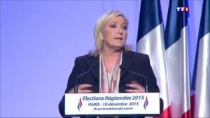"""Marine Le Pen : """"Ne doutez pas et ne vous démobilisez pas"""""""
