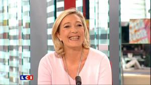 """Marine Le Pen : """"Je ne suis pas sûre d'avopir les 500 signatures pour la présidentielle"""""""