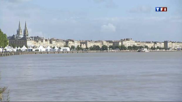 La Garonne à Bordeaux (Gironde).