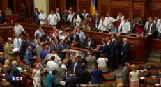 Ukraine : manifestation nationaliste à Kiev, un mort et 90 blessés