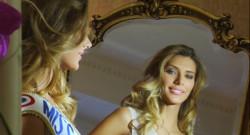 Le 20 heures du 7 décembre 2014 : Premi� journ�dans la peau de Miss France 2015 pour Camille Cerf - 119.904