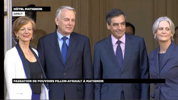 Jean-Marc Ayrault à Matignon : les images