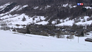 Le 13 heures du 5 février 2014 : La neige arrive en Savoie - 1809.582