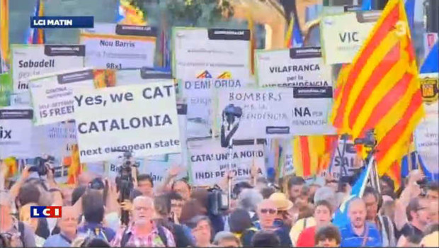 Un million de manifestants à Barcelone pour l'autonomie catalane