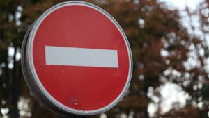 sens interdit panneau signalisation circulation