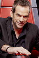 Le chanteur Garou, rvl par la comdie musicale Notre Dame de Paris, en a parcouru du chemin... Il resigne pour une saison 2 de The Voice ! C'est reparti pour un tour !