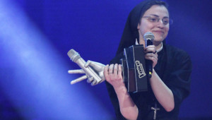 Soeur Cristina, gagnante de The Voice en Italie