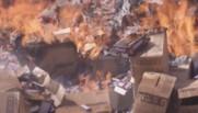 A Gaza, 15 tonnes de barres Snickers sacrifiées au feu