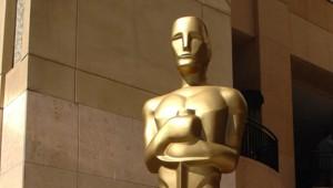 statuette Oscar trophée cinéma