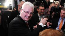 Ivo Josipovic se trouve légèrement en tête des élections présidentielles à l'issue du vote de dimanche