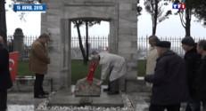 """Le 20 heures du 24 avril 2015 : Ce vendredi marque les 100 ans du génocide perpétré par les Turcs ottomans contre les arméniens, qui avait fait un million et demi de morts. Le Président français a rappelé à cette occasion """"l'éradication méthodique et systématique"""" des chrétiens d'Orient"""