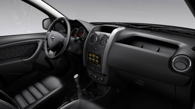 photos automoto dacia duster 2013 le restylage en images mytf1. Black Bedroom Furniture Sets. Home Design Ideas