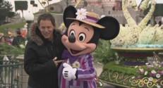 Hanouna danse avec Minnie, Noah chante comme Baloo... l'effet printemps, Disney ou les deux ?