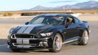 Shelby GT, kit disponible début 2015 pour la Ford Mustang avec moteur V8 625 chevaux, coûtant 40.000 dollars.
