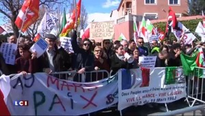 Manifestations à Béziers après la décision de Ménard de rebaptiser la rue du 19 mars 1962