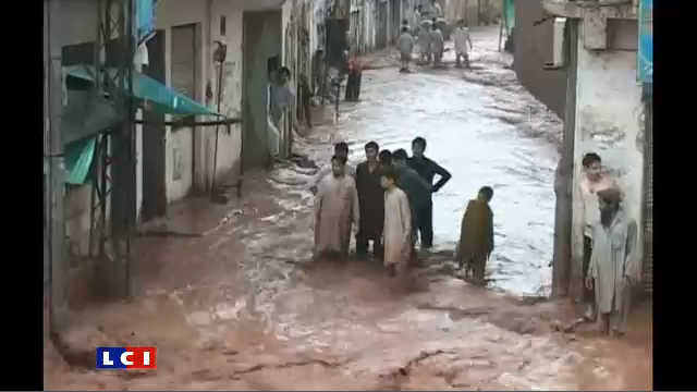 http://s.tf1.fr/mmdia/i/65/0/pakistan-les-inondations-ont-fait-plus-de-800-morts-7607650dwhqa.jpg?v=1
