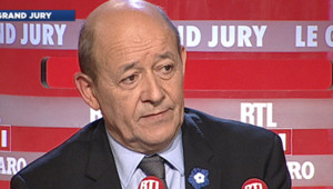 Le ministre de la Défense Jean-Yves Le Drian, invité du Grand Jury le 11 novembre 2012.