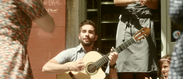 "Kendji sort son premier clip ""Color Gitano"""
