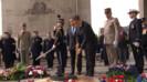 Nicolas Sarkozy et François Hollande le 8 mai 2012.
