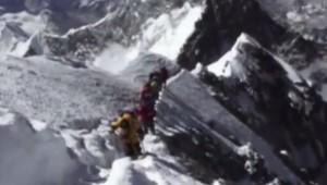 Cordée sur l'Everest
