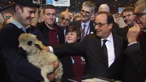 Le 13 heures du 21 février 2015 : Salon de l'Agriculture: la plus grande ferme de France ouvre ses portes ! - 658.968