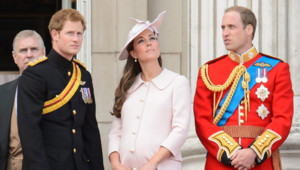 "Le Prince Harry, Kate Middleton et Prince William lors de la cérémonie ""Trooping the Colour"", le 15 juin 2013."