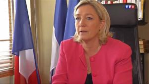 """Le 13 heures du 31 mars 2014 : Marine Le Pen : """"le d�t en fanfare d'une implantation locale"""" - 683.939"""