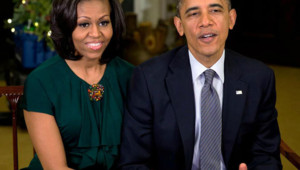 Les Obama souhaitent à tous un bon noël 2012 sur Twitter.