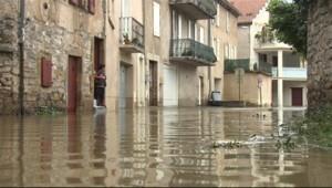 Les orages ont fait déborder les cours d'eau dans le Sud de la France, début novembre.