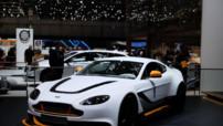 L'Aston Martin Vantage GT3, version allégée et au V12 600 chevaux lancée en 100 exemplaires au Salon de Genève le 3 mars 2015